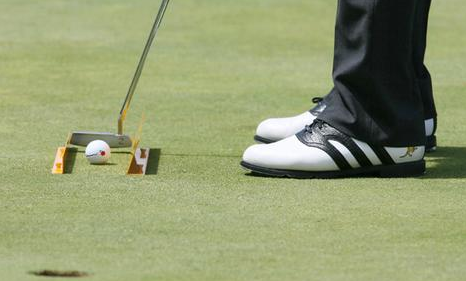 Tour Player Learns To Putt More Freely